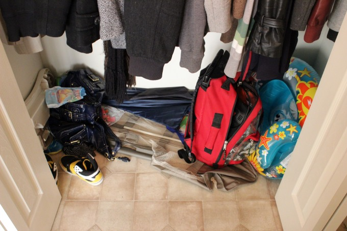 31-Days-To-A-Clutter-Free-Entryway-Before-3