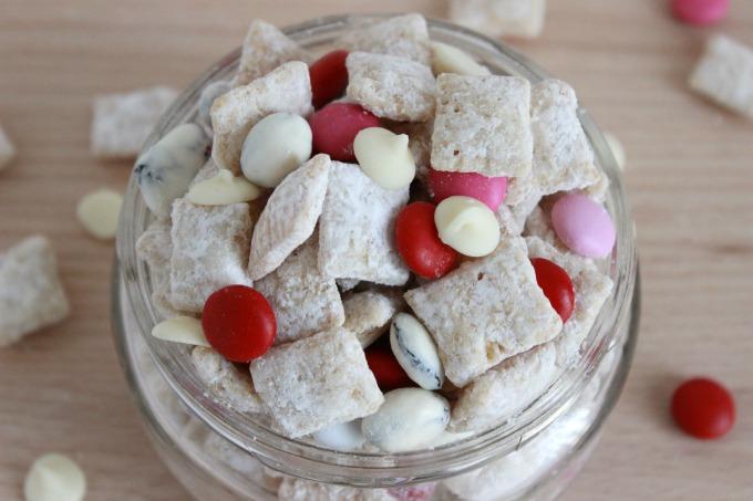 White Chocolate PB&J Muddy Mix Recipe — Dishmaps