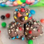 Dulce de Leche Chocolate Truffles-Delicious, rich and decadent truffles that include M&M's Crispy for a delicious crispy treat. A new family favorite!