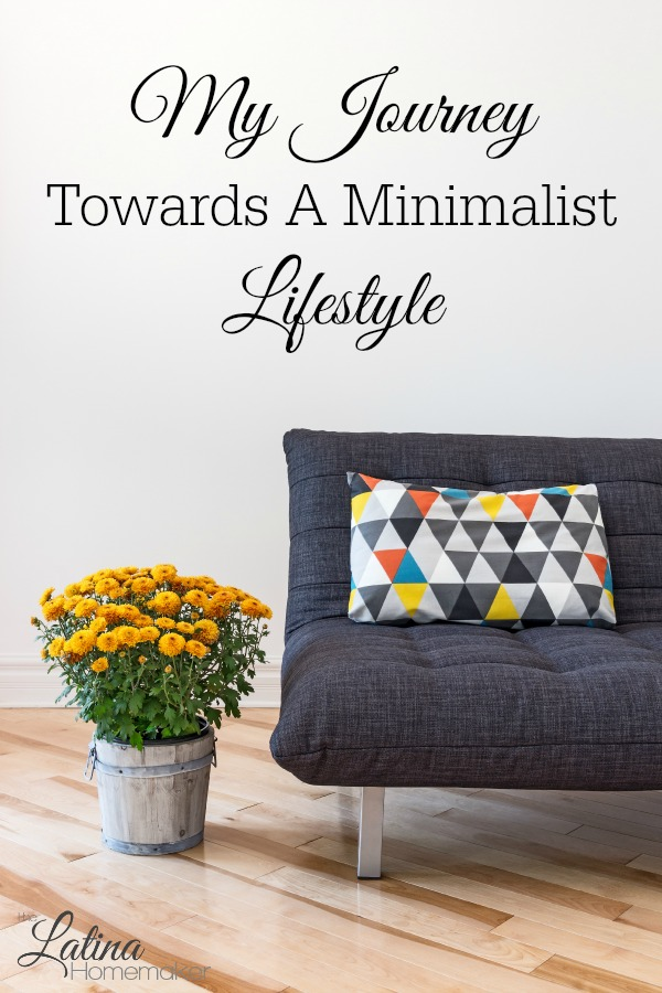 My Journey Towards A Minimalist Lifestyle. A look at how I started my journey towards a minimalist lifestyle and the benefits that came along with it.