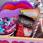 valentines-day-basket-hersheys