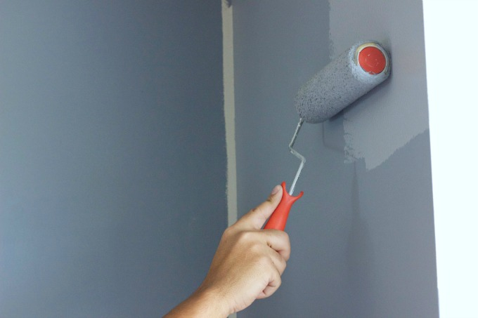 Master bedroom makeover - How to prepare walls for painting in a few easy steps ...
