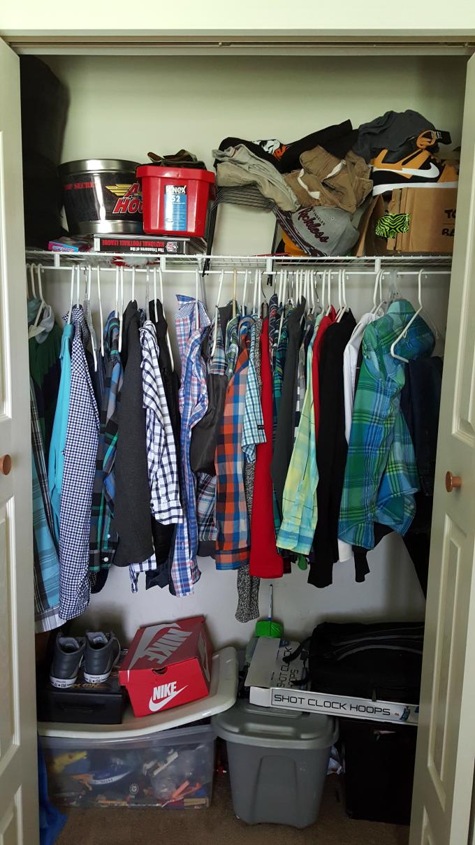 closet-purge-before