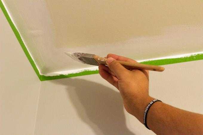 bathroom-paint-process