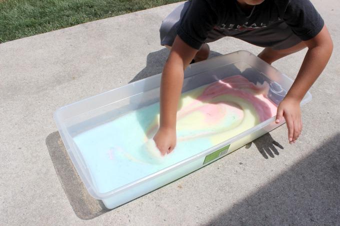 Dish-Soap-Rainbow-Foam-2