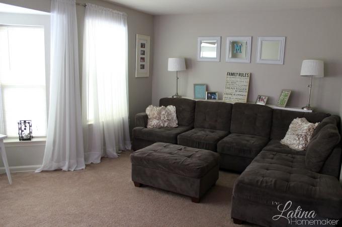 Gray-Living-Room-Simple