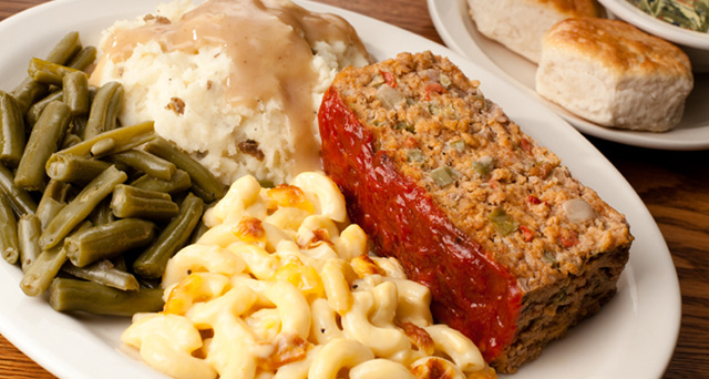 meatloaf-dinner-cracker-barrel