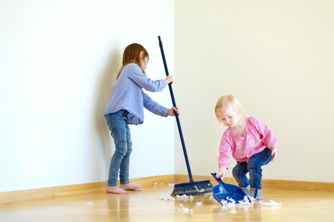 kids-cleaning