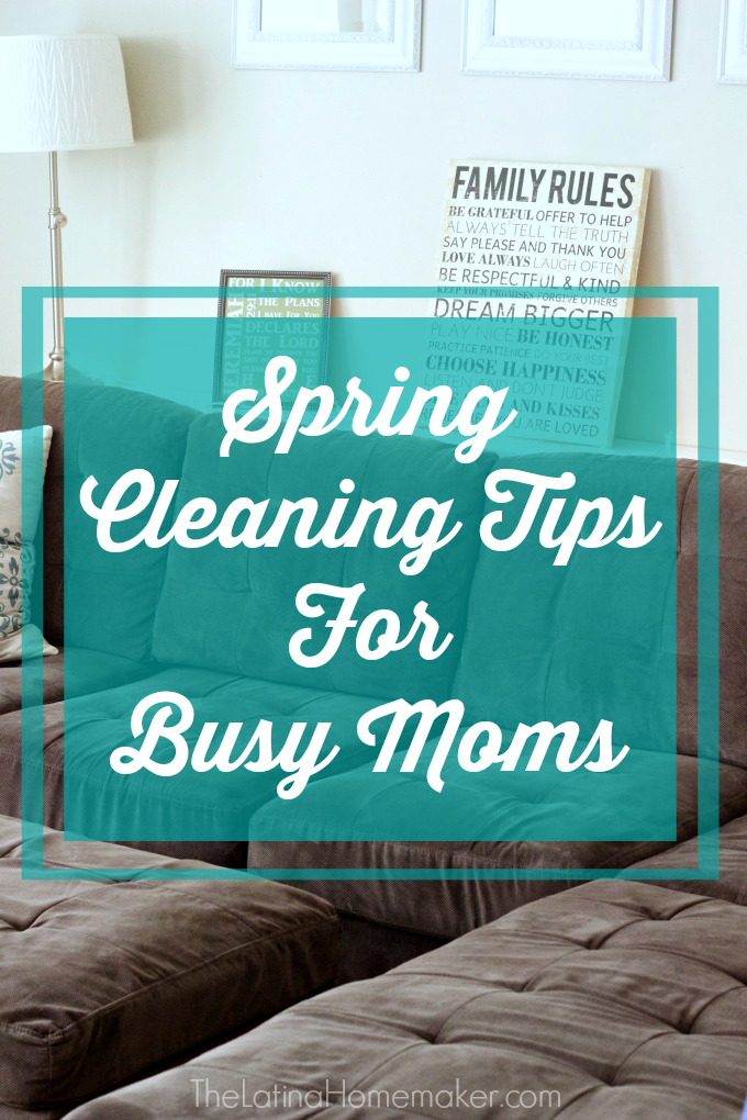 Spring Cleaning Tips For Busy Moms-Spring cleaning tips to help you tackle your spring cleaning to-do list without losing your sanity!
