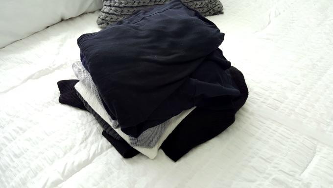 closet-clothes-purge