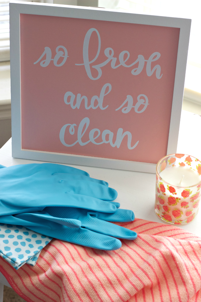 4 Spring Cleaning Tips for Busy Moms – A cleaning plan that's flexible enough to weave into your busy schedule. Perfect for busy moms that want to whip their home into shape to welcome the warmer days ahead.